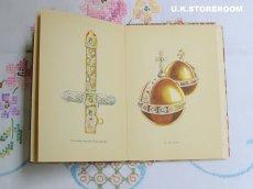 画像12: CO058 The King Penguin Books  キングペンギンブックス  『The Crown Jewels』 (12)