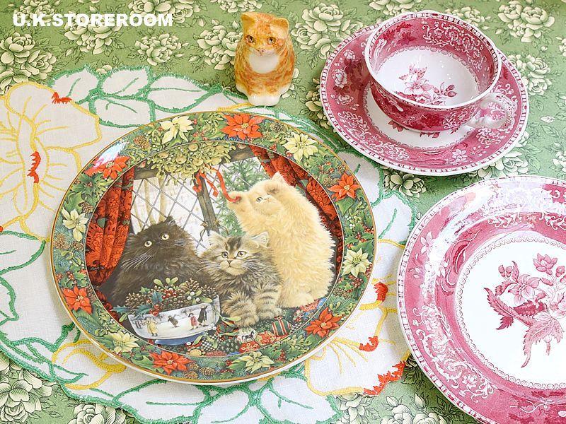 画像1: CH136 Royal Doulton Lesley Anne Ivory  レズリー・アン・アイボリー Cats in the window ウィンター ピクチャープレート  (1)