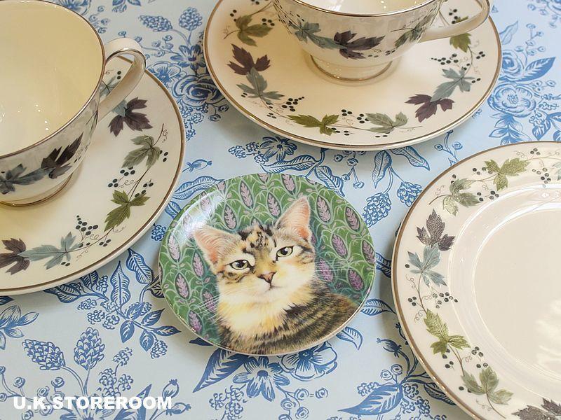 画像1: CH140 Royal Worcester Lesley Anne Ivory  レズリー・アン・アイボリー Ivory Cats ピンディッシュ  (1)
