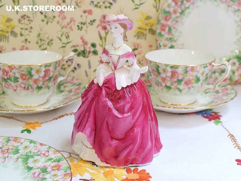 画像1: RW034 Royal Worcester  ロイヤルウースター ファッショナブルヴィクトリアンズ フィギュリン〜Lady Elizabeth〜 (1)
